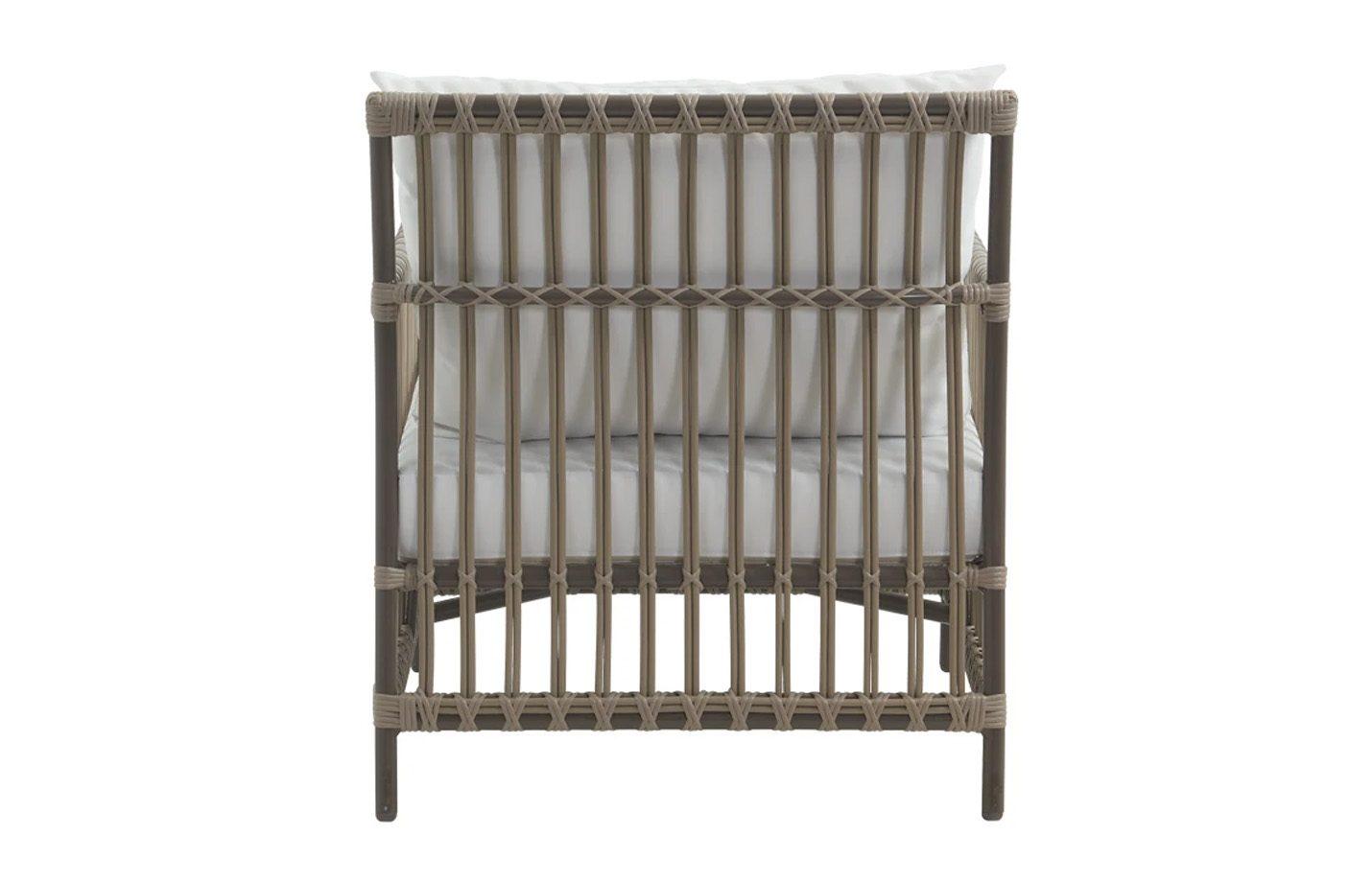Caroline-Exterior-Lounge-Chair-Moccachino-03