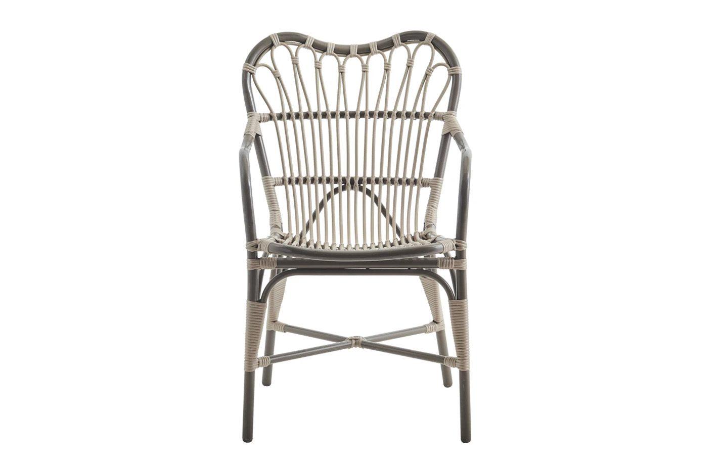 Margret-Alu-rattan-Chair-Moccachino-02