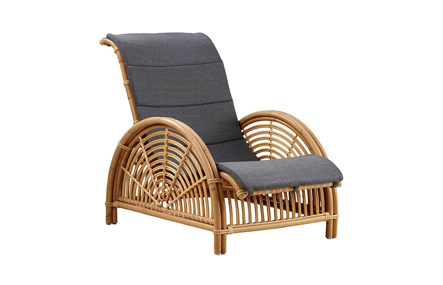 Paris-Lounge-chair-Rattan-With-seat-cushion