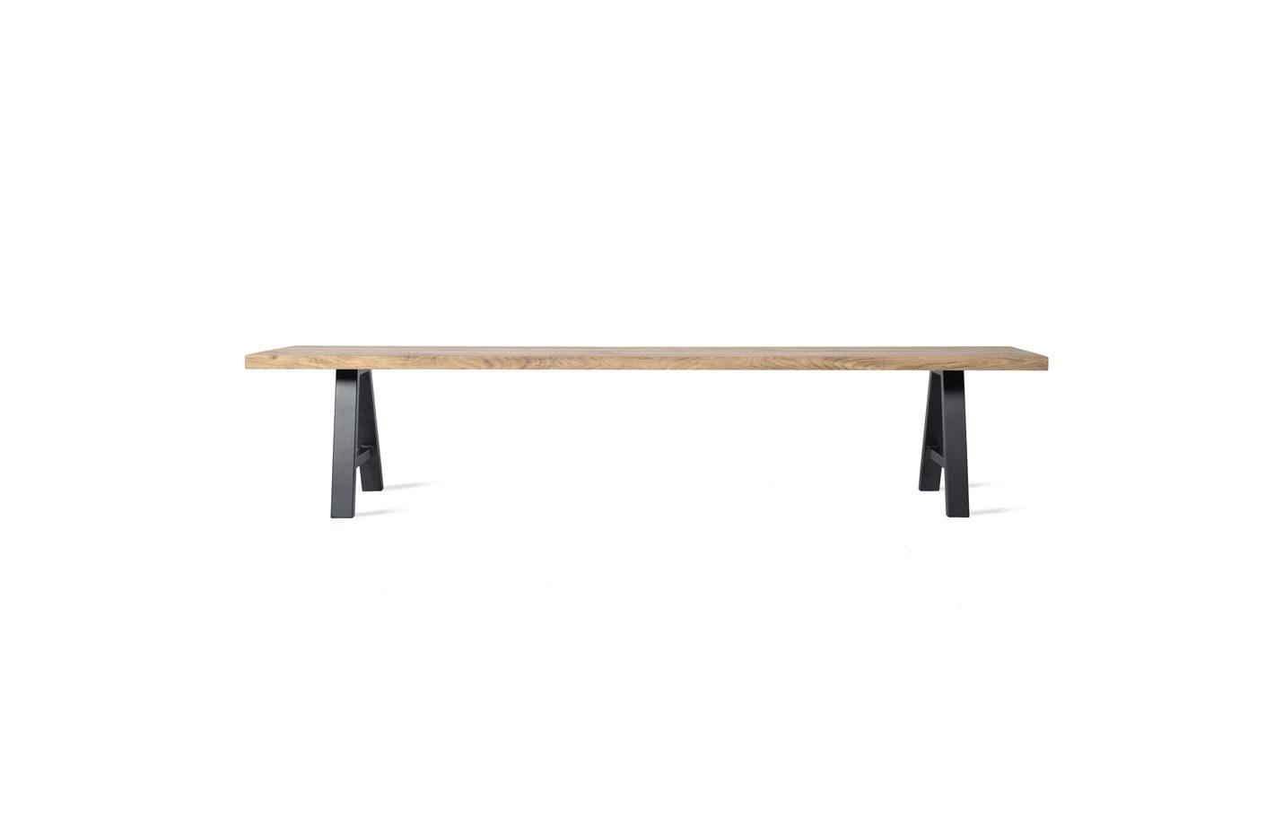 Albert-bench-black-base-01