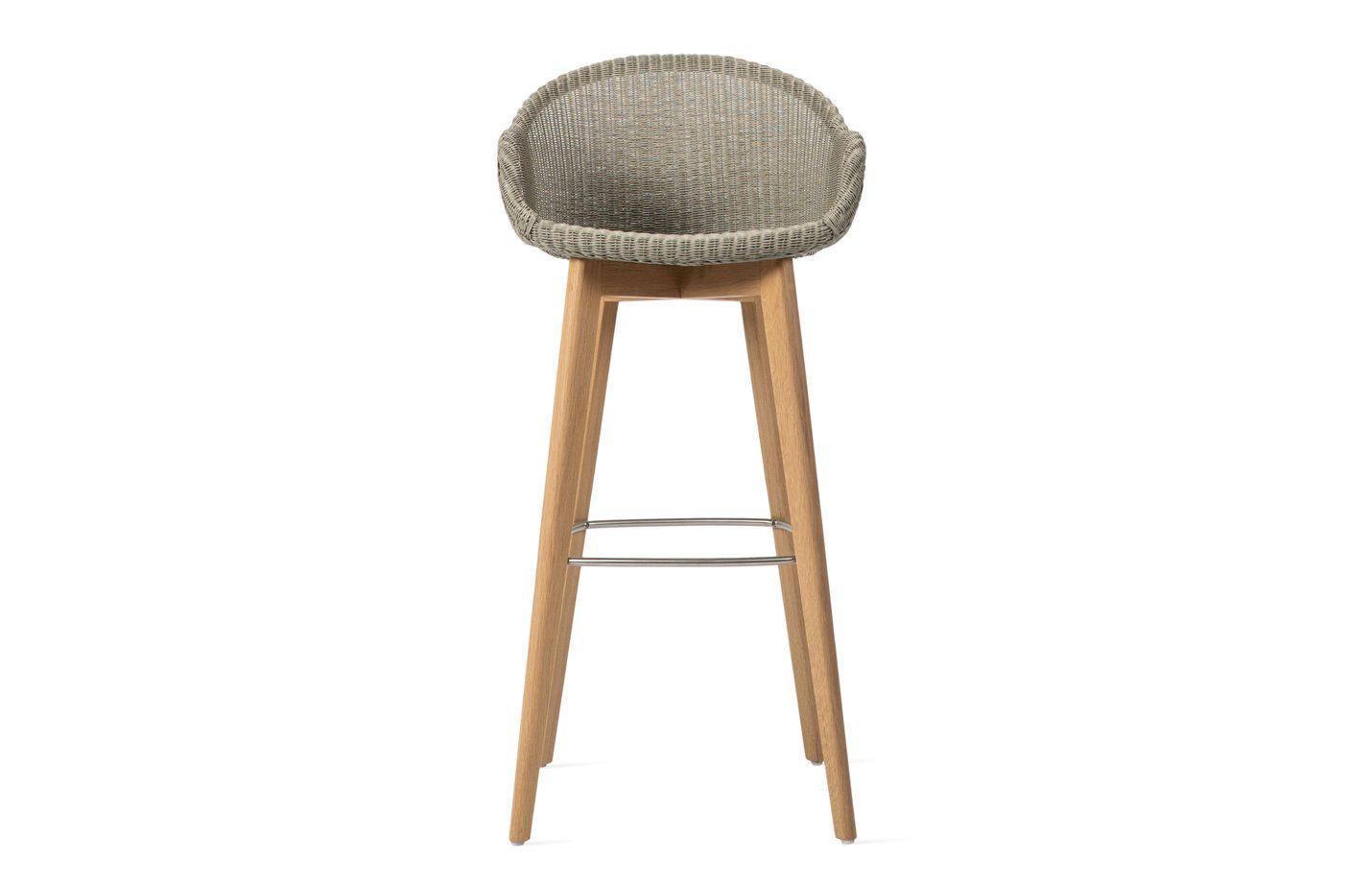 Avril-bar-stool-oak-base-02