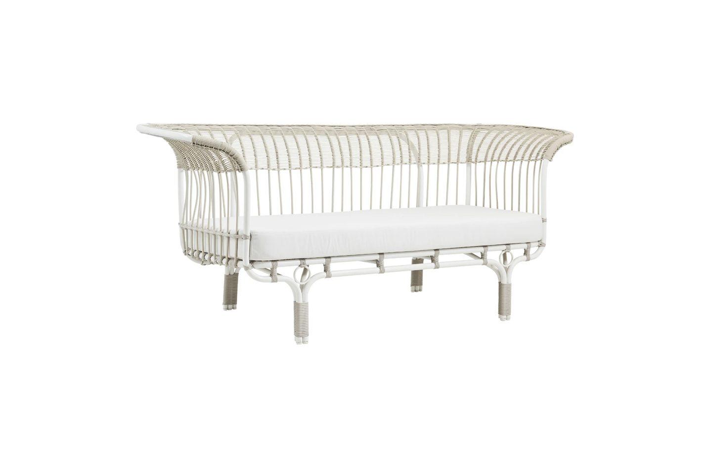Belladonna-Exterior-Sofa-Dove-White-01