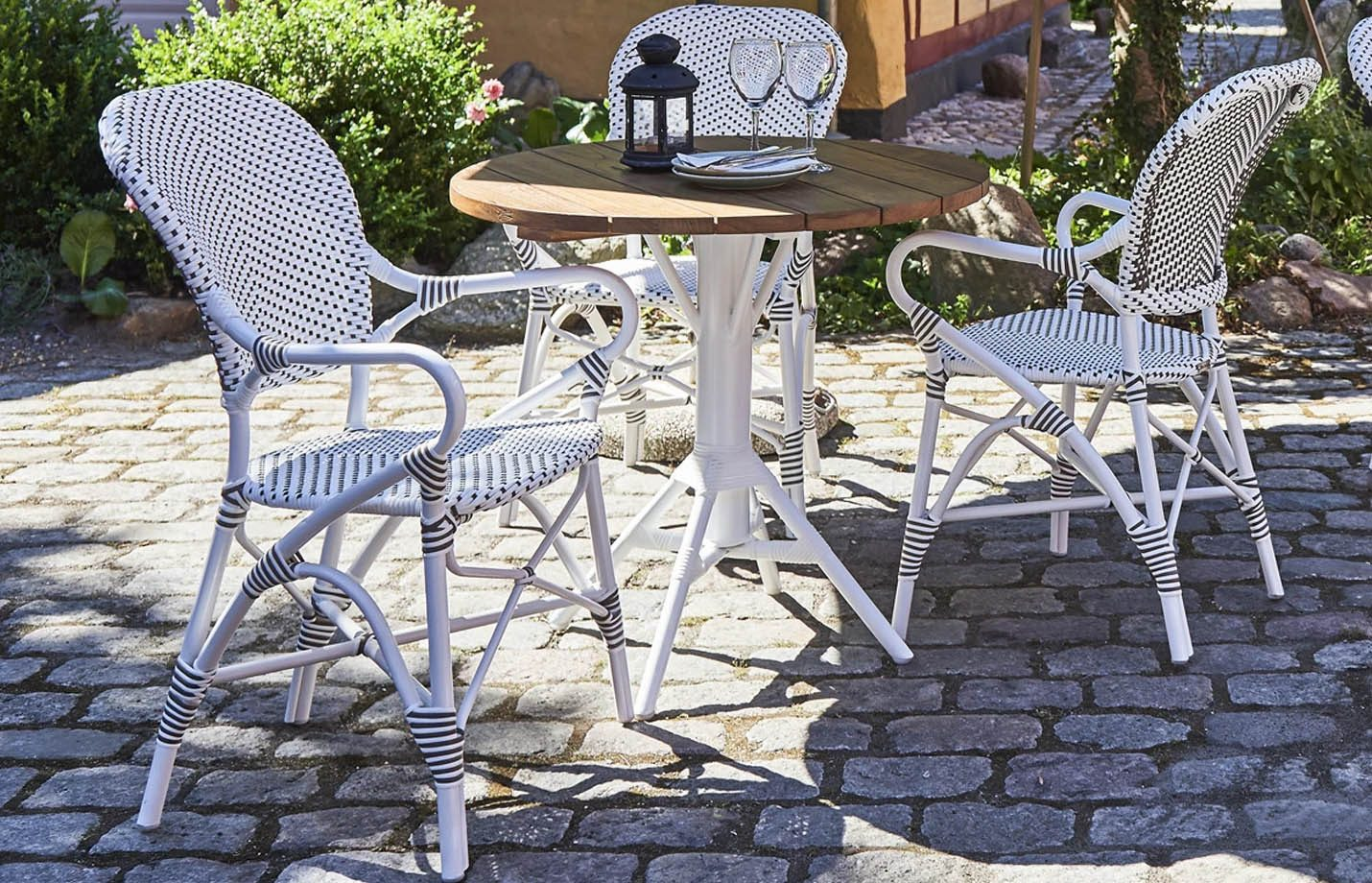 Isabell-Alu-Rattan-Arm-Chair-White-LS1