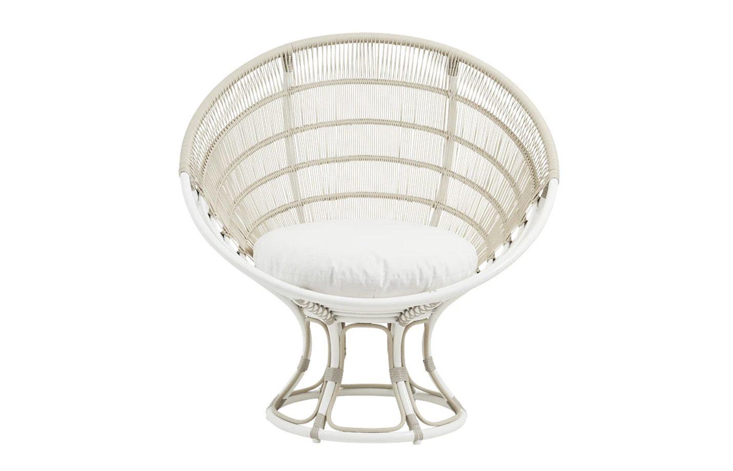 Luna-Exterior-Lounge-chair-Dove-White-02