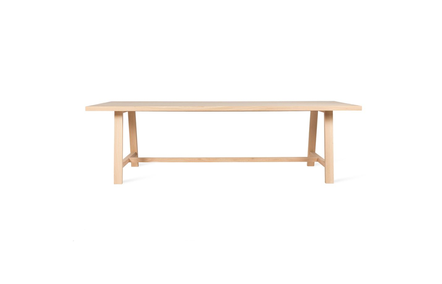 Norbert-dining-table-01