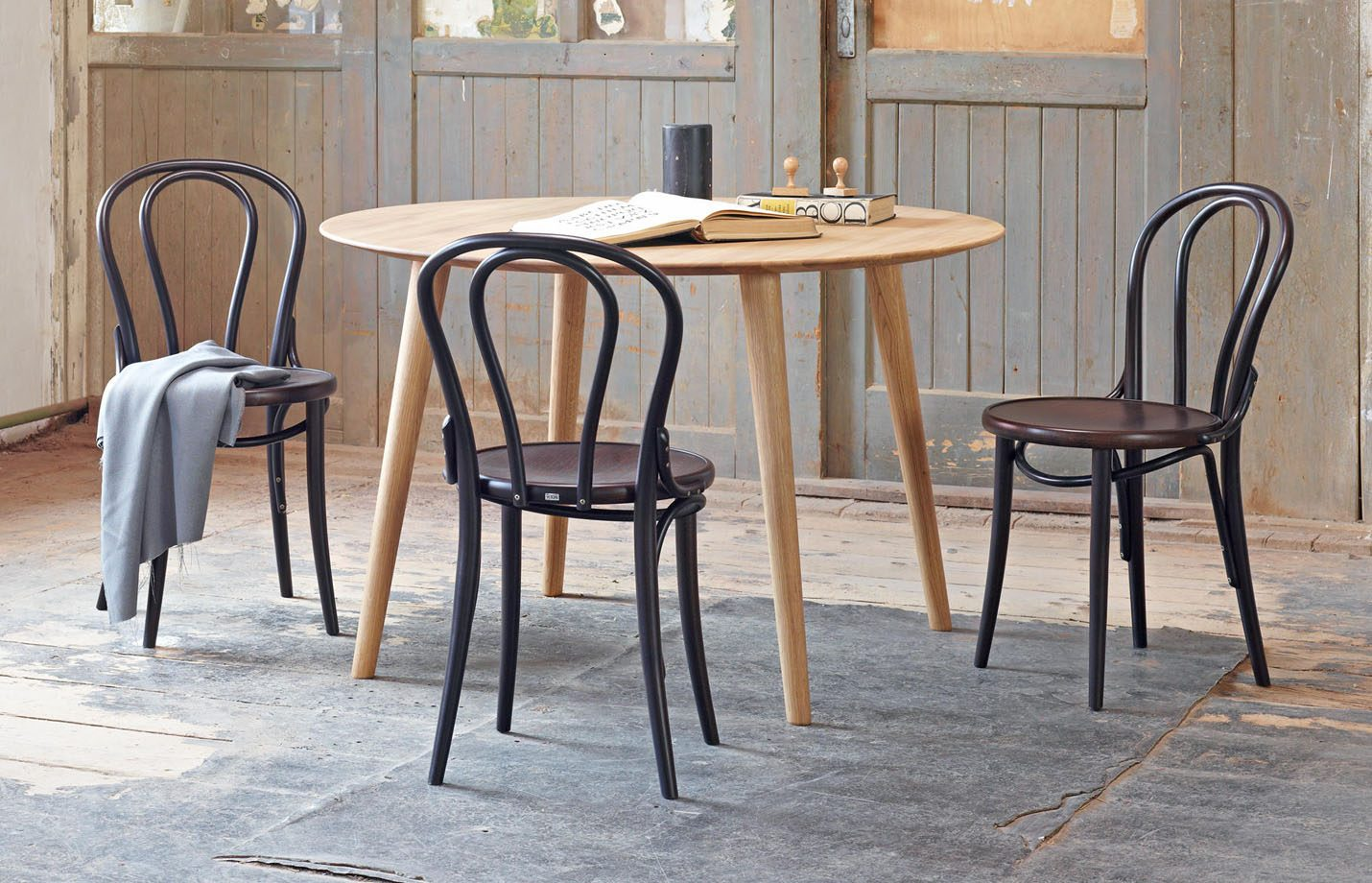 18-Dining-Chair-bent-wood-LS01