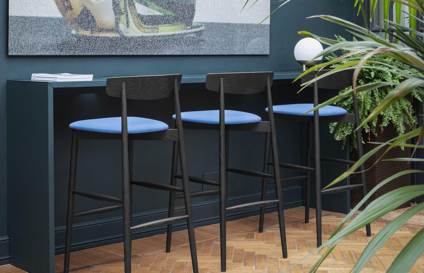 Claretta-designer-Bar-Stool-wood-LS02