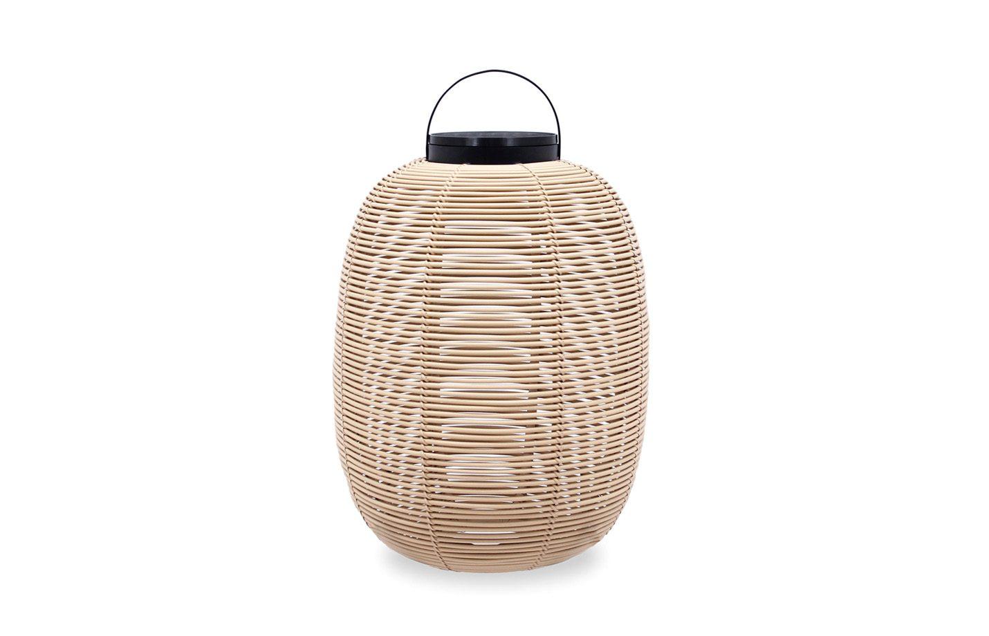 Tika-lantern-outdoor-light-01